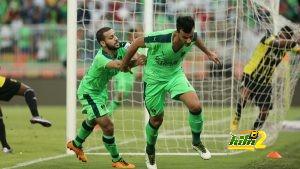 epa05241258 Al-Ahli player Omar Al-Somah celebrates after scoring a goal during the Saudi Professional League soccer match between Al-Ahli and Al-Ittihad at King Abdullah Al Jawhara International Stadium in Jeddah, Saudi Arabia, 02 April 2016.  EPA/-